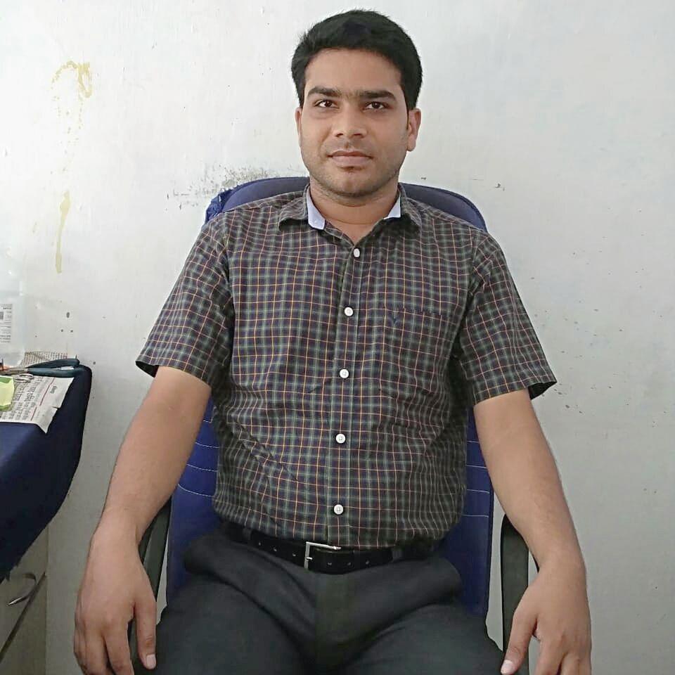 Dr. Deendayal Dubey