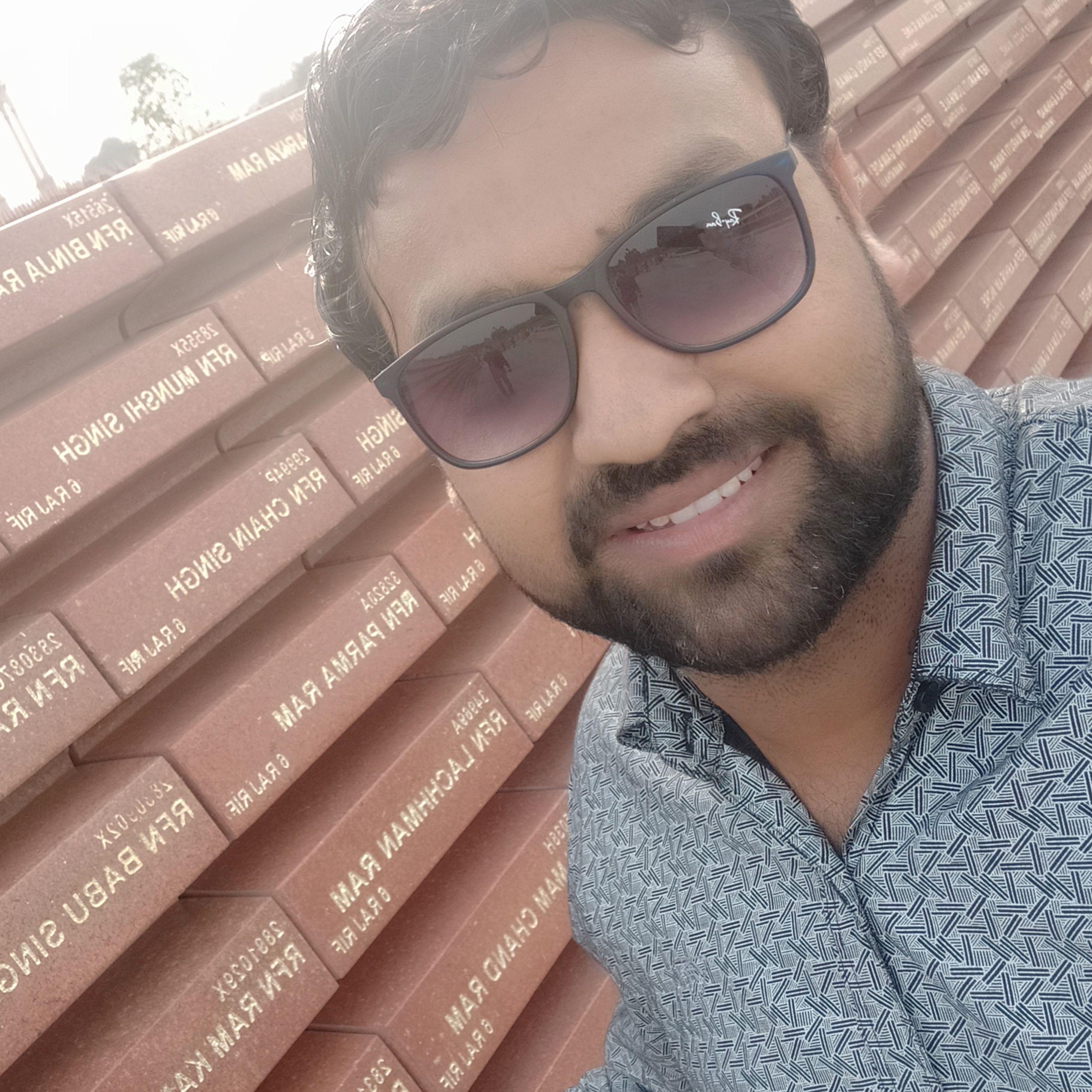 Dr Vikas Agrawal