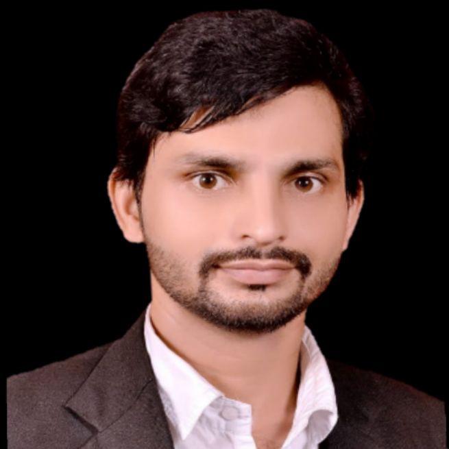 zeeshan siddiqui advocate
