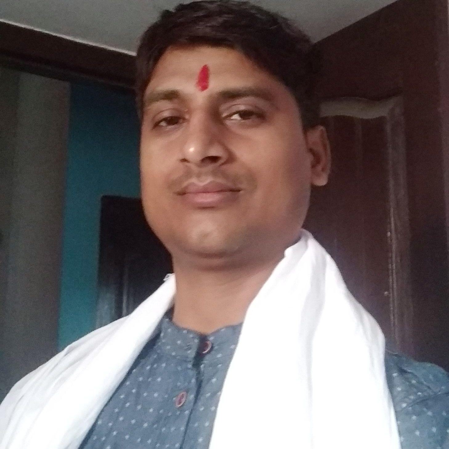 ज्योतिषाचार्य श्री दिलीप शास्त्री जी dilippandey318@gmail.com