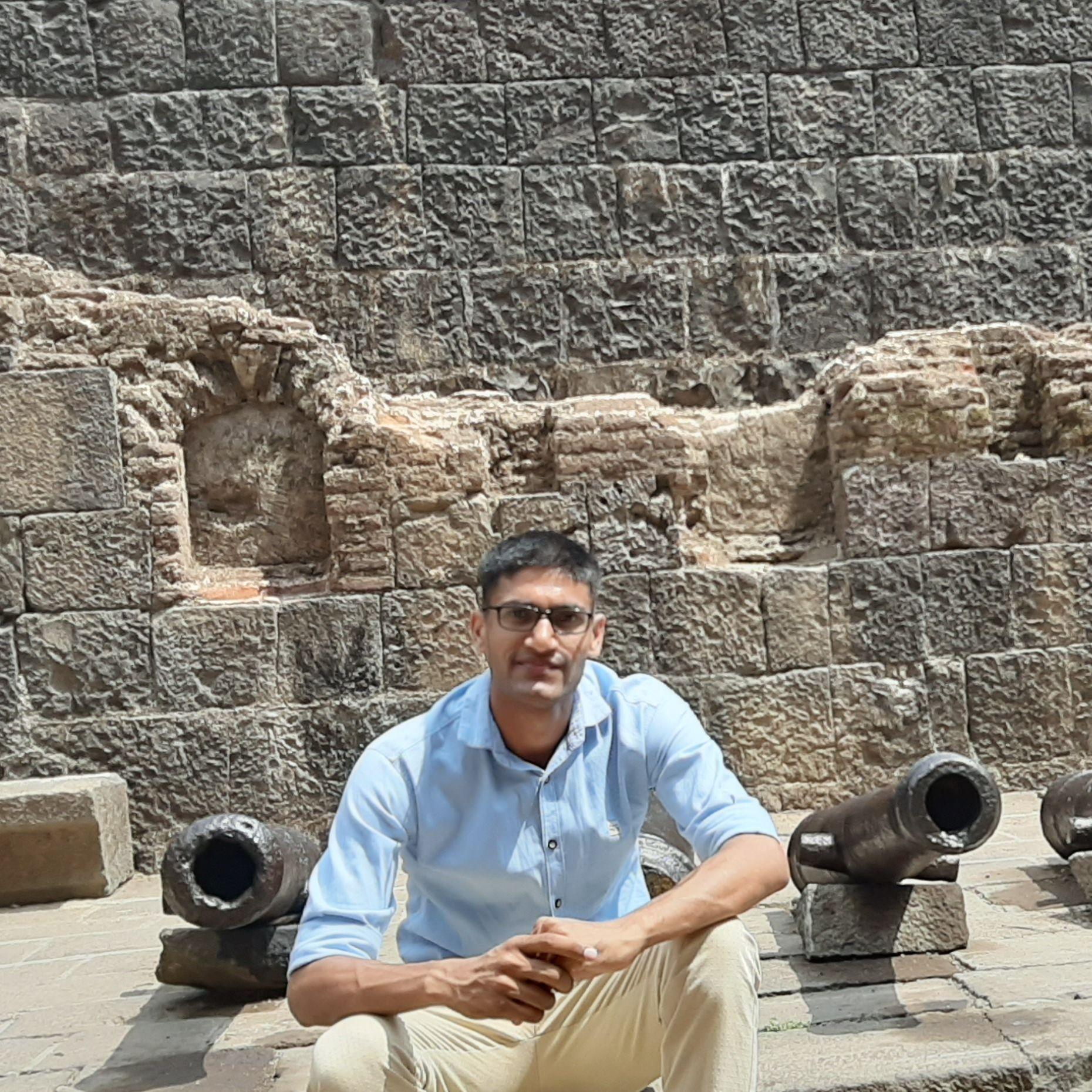 अनिल कुमार यादव