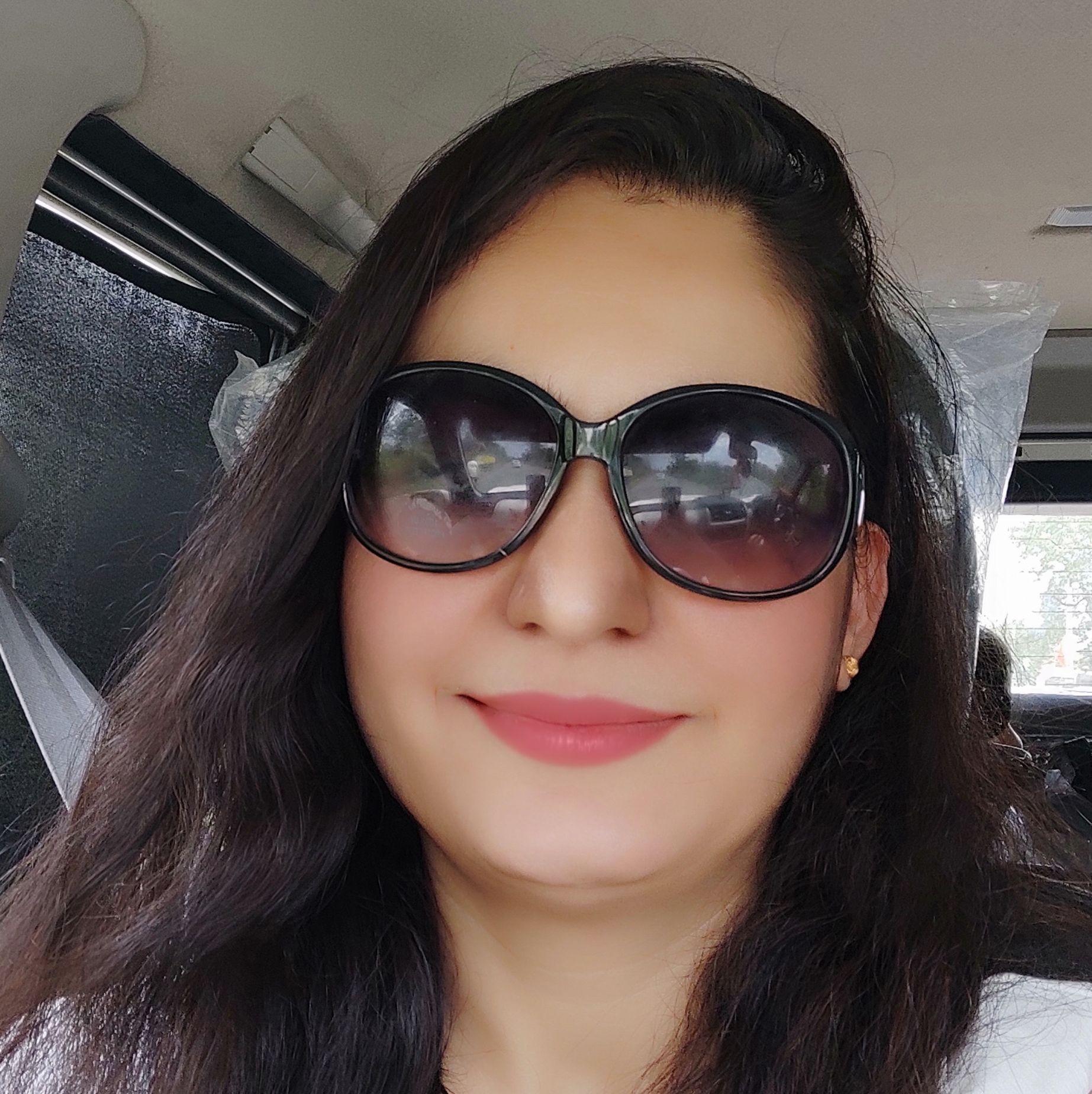 Adv Meeta Pareek