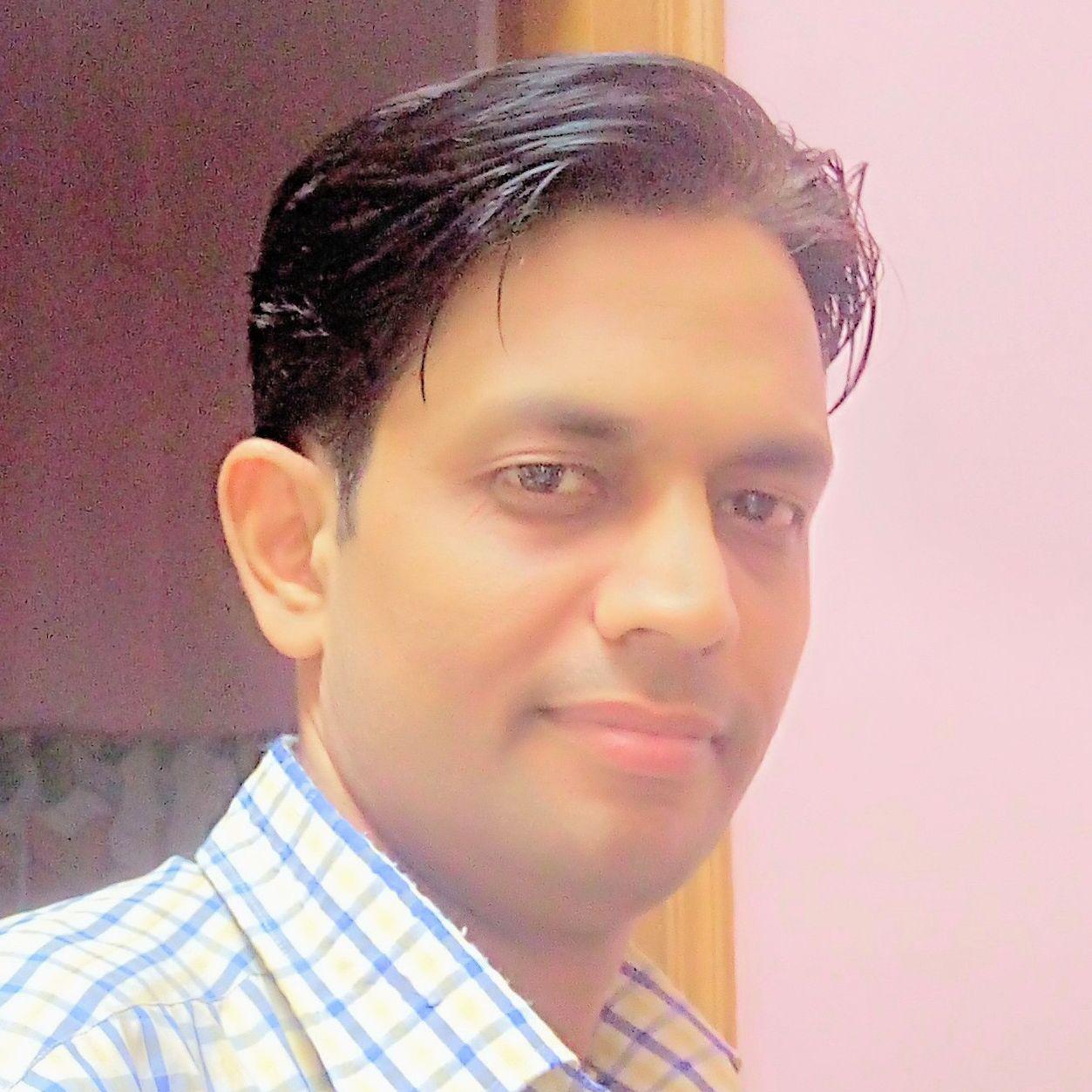 Dr Bhanu Shrivastav