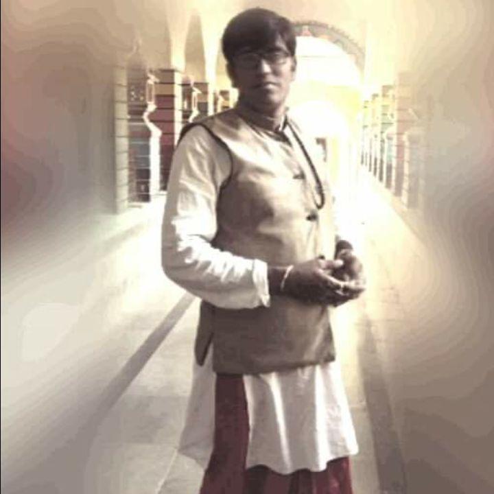 Pt.BRAJESH JI(RADHE-KRISHAN JYOTISH ANUSANDHAN KENDRA).